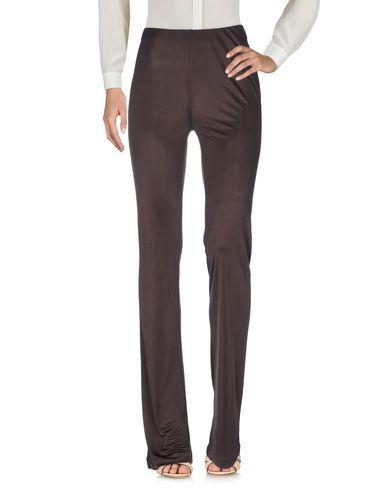 Фото - Повседневные брюки темно-коричневого цвета