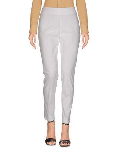 Фото - Повседневные брюки от MALÌPARMI белого цвета