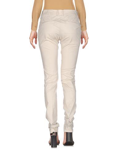 Фото 2 - Повседневные брюки от SIVIGLIA цвет слоновая кость