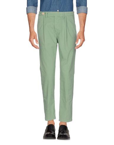 Фото - Повседневные брюки от HAIKURE светло-зеленого цвета