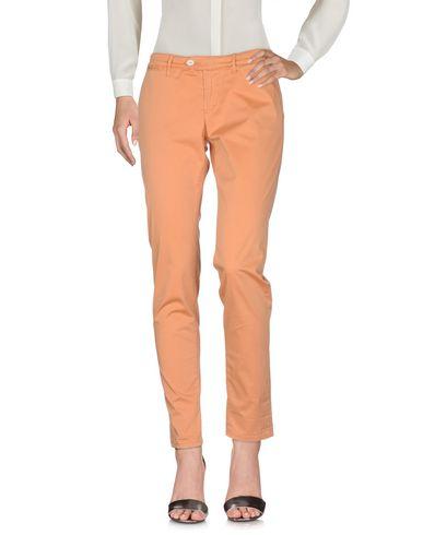 Фото - Повседневные брюки от OAKS цвет абрикосовый