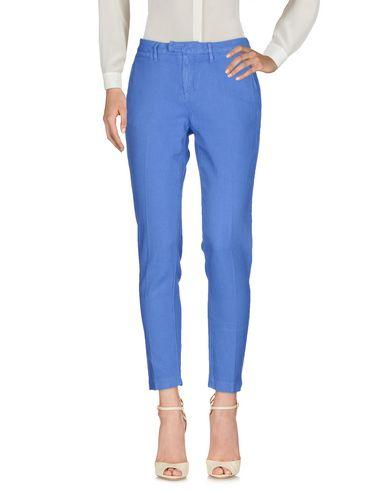 Фото - Повседневные брюки от HAIKURE лазурного цвета