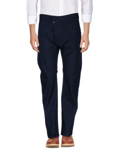 Фото - Повседневные брюки от TS(S) темно-синего цвета