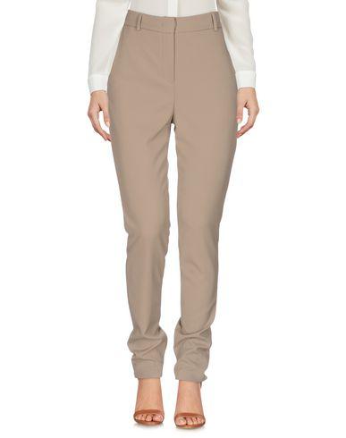 Фото - Повседневные брюки от HANITA цвета хаки