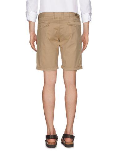 Фото 2 - Повседневные шорты от SUN 68 цвет песочный