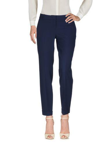 Фото - Повседневные брюки от HANITA темно-синего цвета
