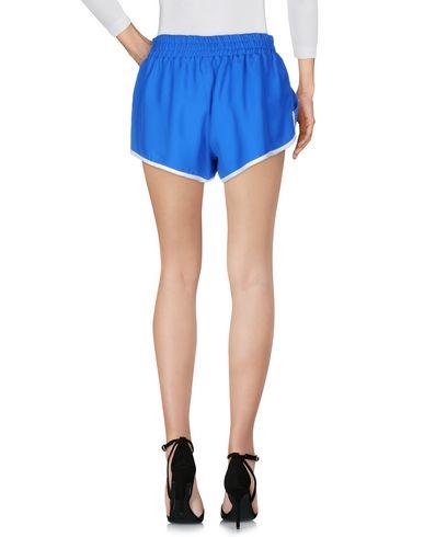 Фото 2 - Повседневные шорты ярко-синего цвета