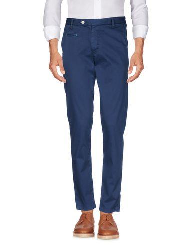Фото - Повседневные брюки от BERNA темно-синего цвета