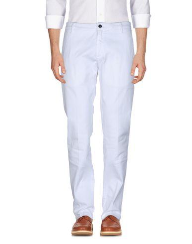 Фото - Повседневные брюки от DEPARTMENT 5 белого цвета