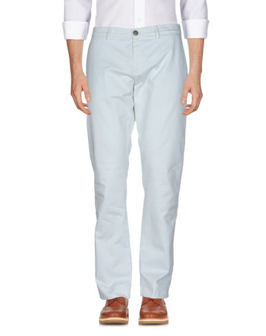 Фото - Повседневные брюки от SIVIGLIA белого цвета