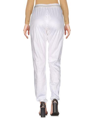 Фото 2 - Повседневные брюки от WHO*S WHO белого цвета