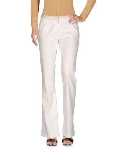 Фото - Повседневные брюки от TERESA DAINELLI белого цвета