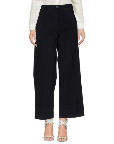 Фото - Повседневные брюки от QL2  QUELLEDUE черного цвета