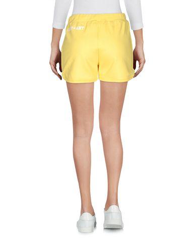 Фото 2 - Повседневные шорты от SHOP ★ ART желтого цвета