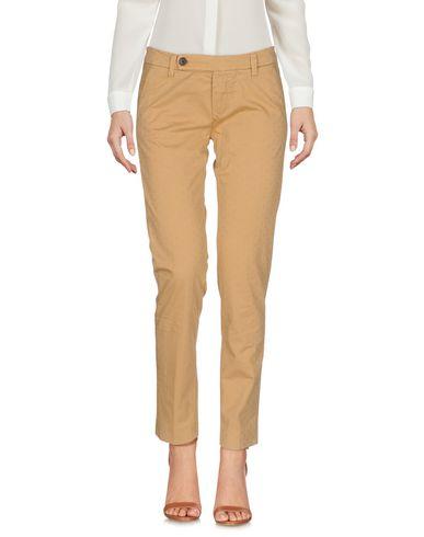 Фото - Повседневные брюки от TRUE NYC. цвет верблюжий