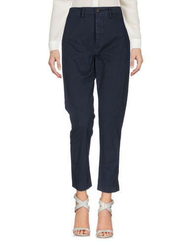 Фото - Повседневные брюки от TRUE NYC. темно-синего цвета