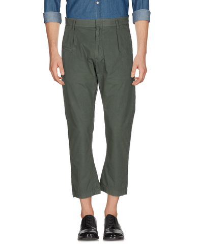 Фото - Повседневные брюки от COVERT цвет зеленый-милитари