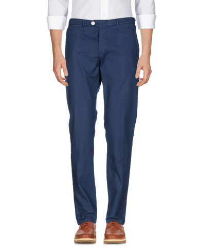 Фото - Повседневные брюки от OAKS темно-синего цвета