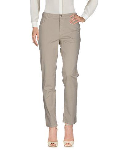Фото - Повседневные брюки от FAY светло-серого цвета