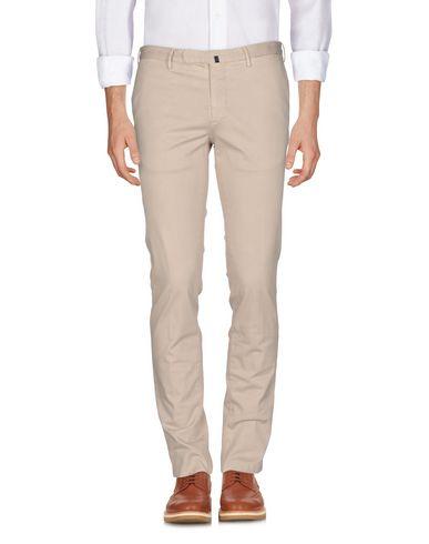 Фото - Повседневные брюки от INCOTEX бежевого цвета