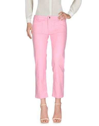 Фото - Повседневные брюки от THE SEAFARER розового цвета