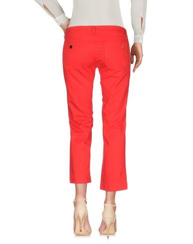 Фото 2 - Повседневные брюки от THE SEAFARER красного цвета
