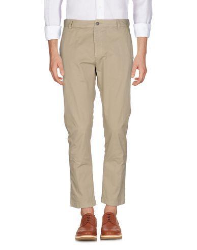 Фото - Повседневные брюки от MACCHIA J бежевого цвета