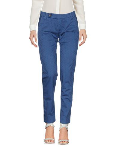 Фото - Повседневные брюки от TRUE NYC. пастельно-синего цвета