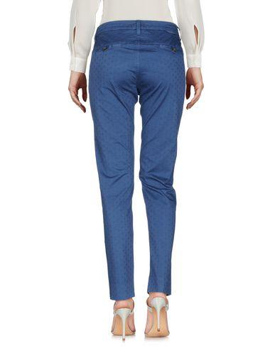 Фото 2 - Повседневные брюки от TRUE NYC. пастельно-синего цвета
