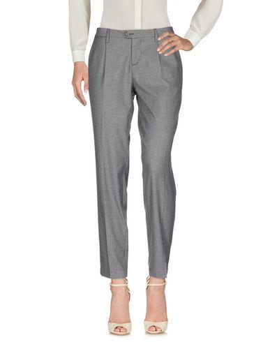Фото - Повседневные брюки от BONHEUR светло-серого цвета