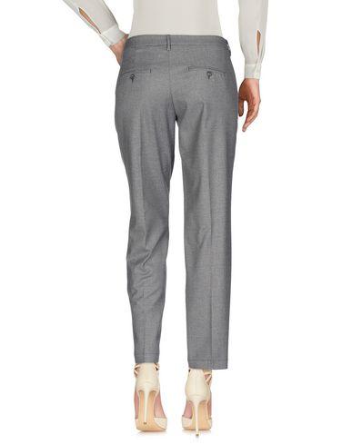 Фото 2 - Повседневные брюки от BONHEUR светло-серого цвета