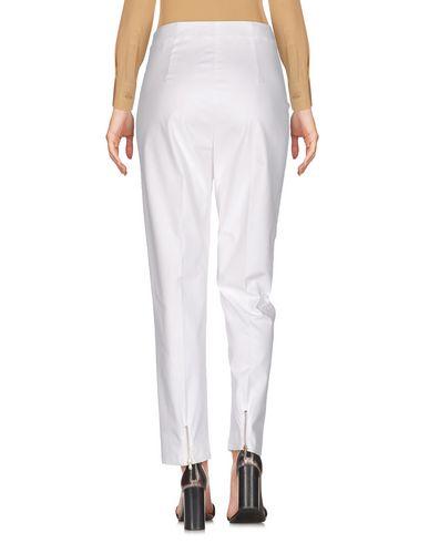 Фото 2 - Повседневные брюки от NUVOLA белого цвета