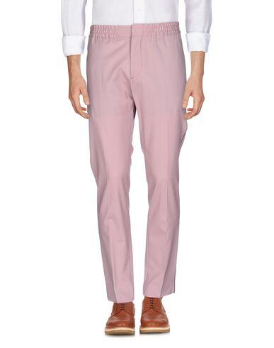 Фото - Повседневные брюки от MSGM цвет телесный
