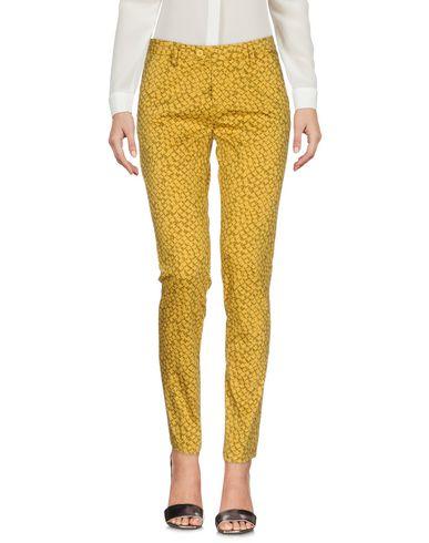Купить Повседневные брюки от MICHAEL COAL цвет охра