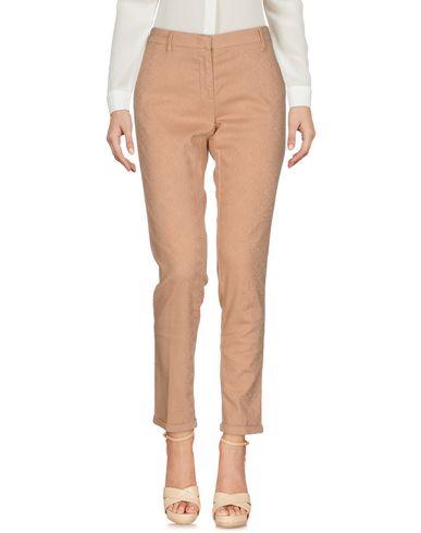 Фото - Повседневные брюки от AT.P.CO цвет телесный