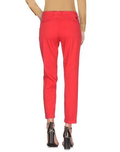 Фото 2 - Повседневные брюки от HEAVY PROJECT красного цвета
