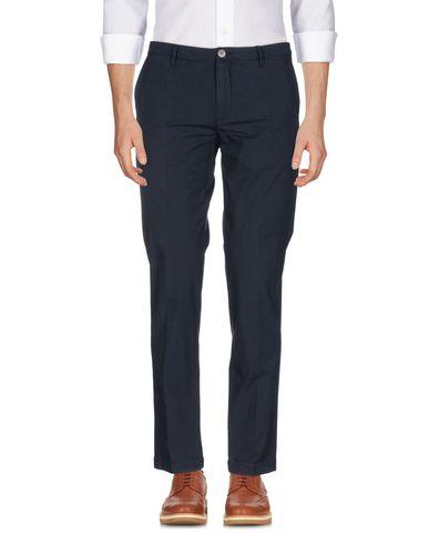 Фото - Повседневные брюки от SIVIGLIA WHITE темно-синего цвета