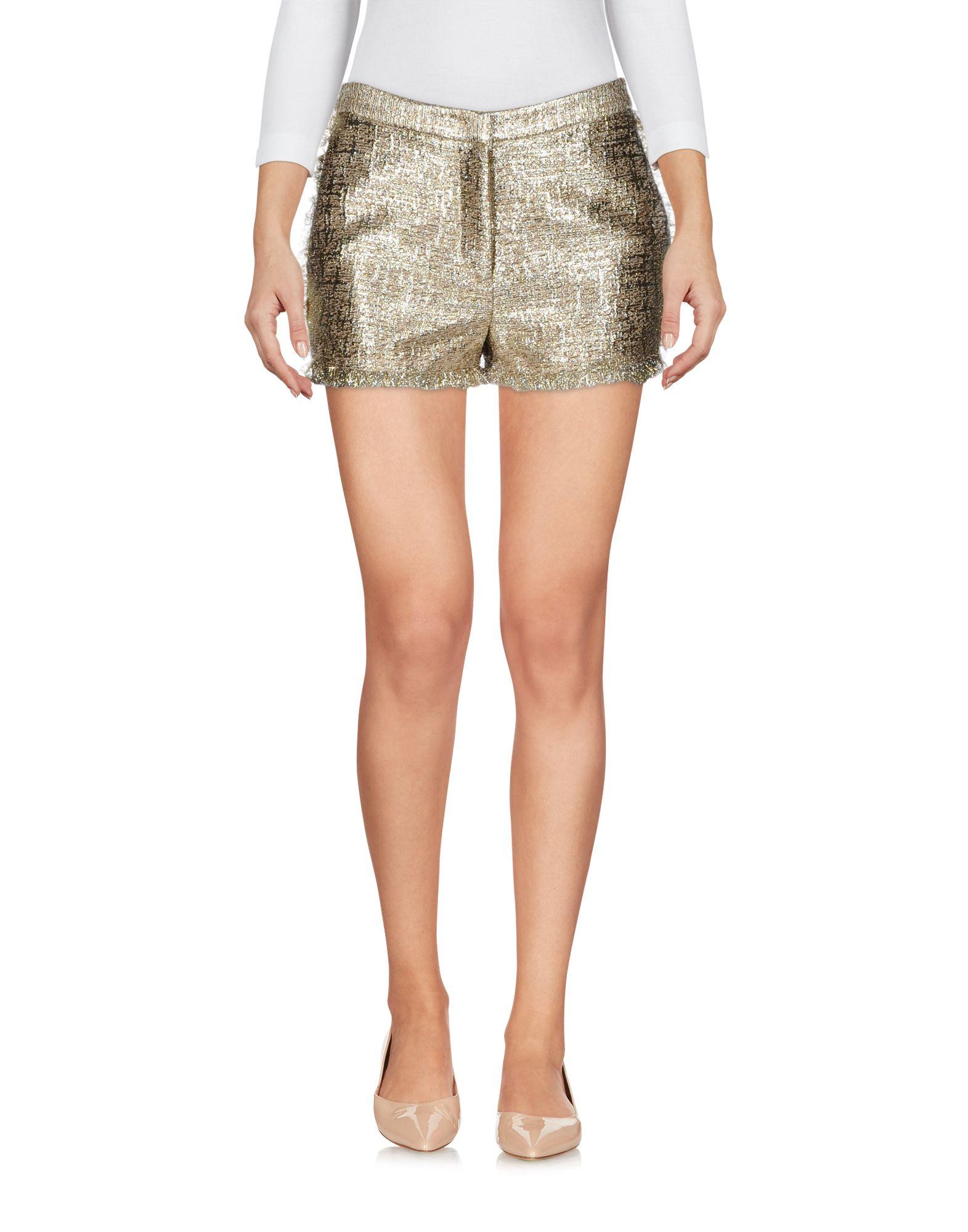 цены на GIANLUCA CAPANNOLO Повседневные шорты в интернет-магазинах