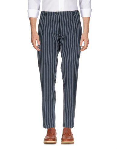 Купить Повседневные брюки от NEW ENGLAND темно-синего цвета