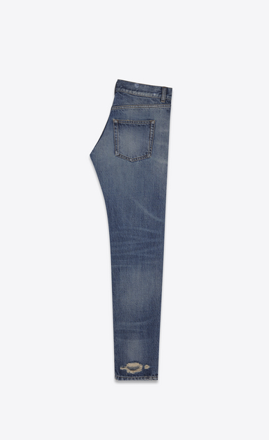 SAINT LAURENT Baggy Woman Low-waisted boyfriend jeans in faded blue denim b_V4