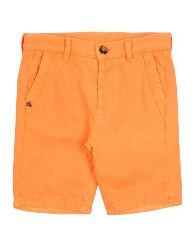 Фото - Бермуды оранжевого цвета