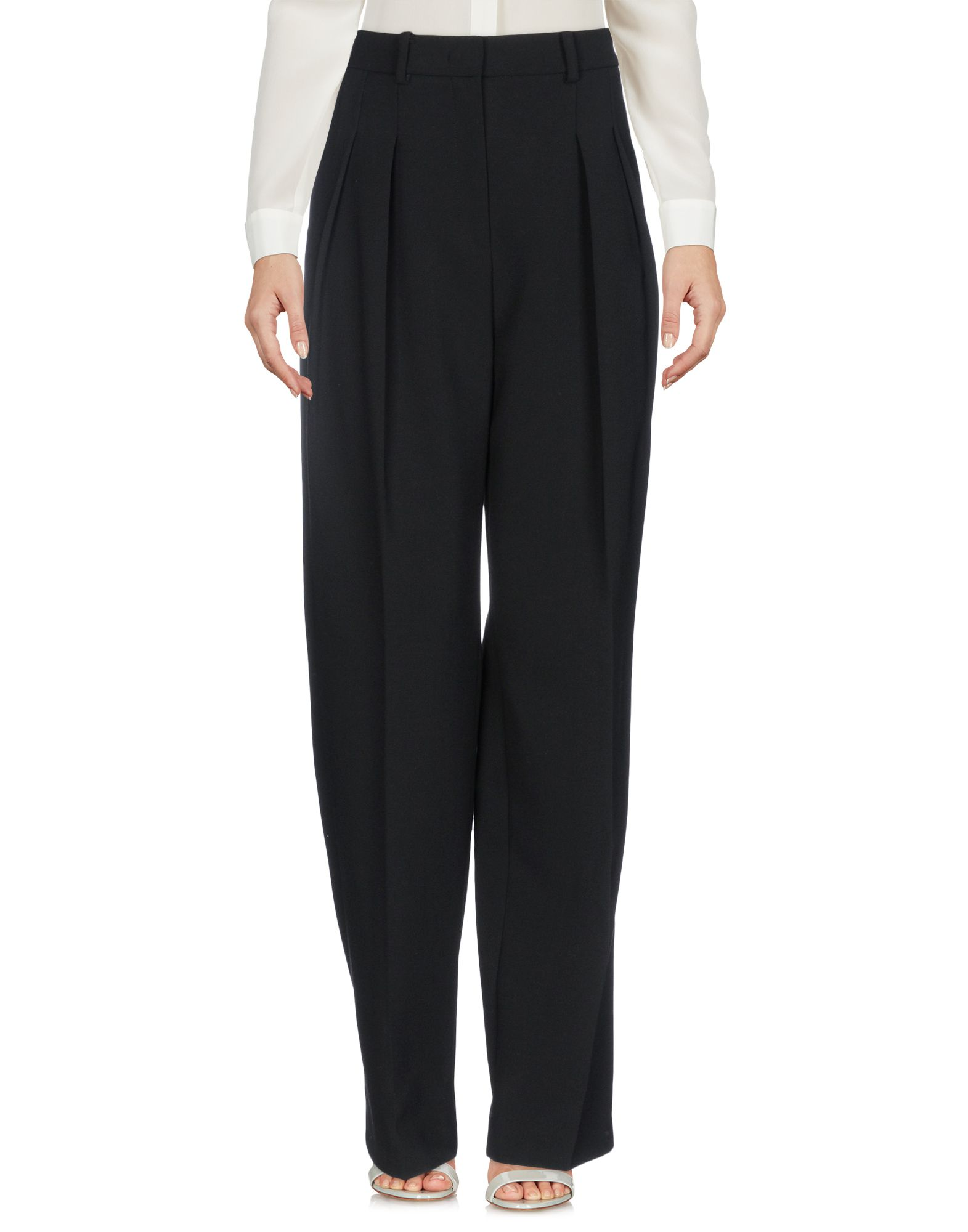 GILES Casual Pants in Black