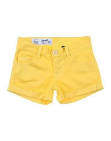 Фото - Повседневные шорты желтого цвета