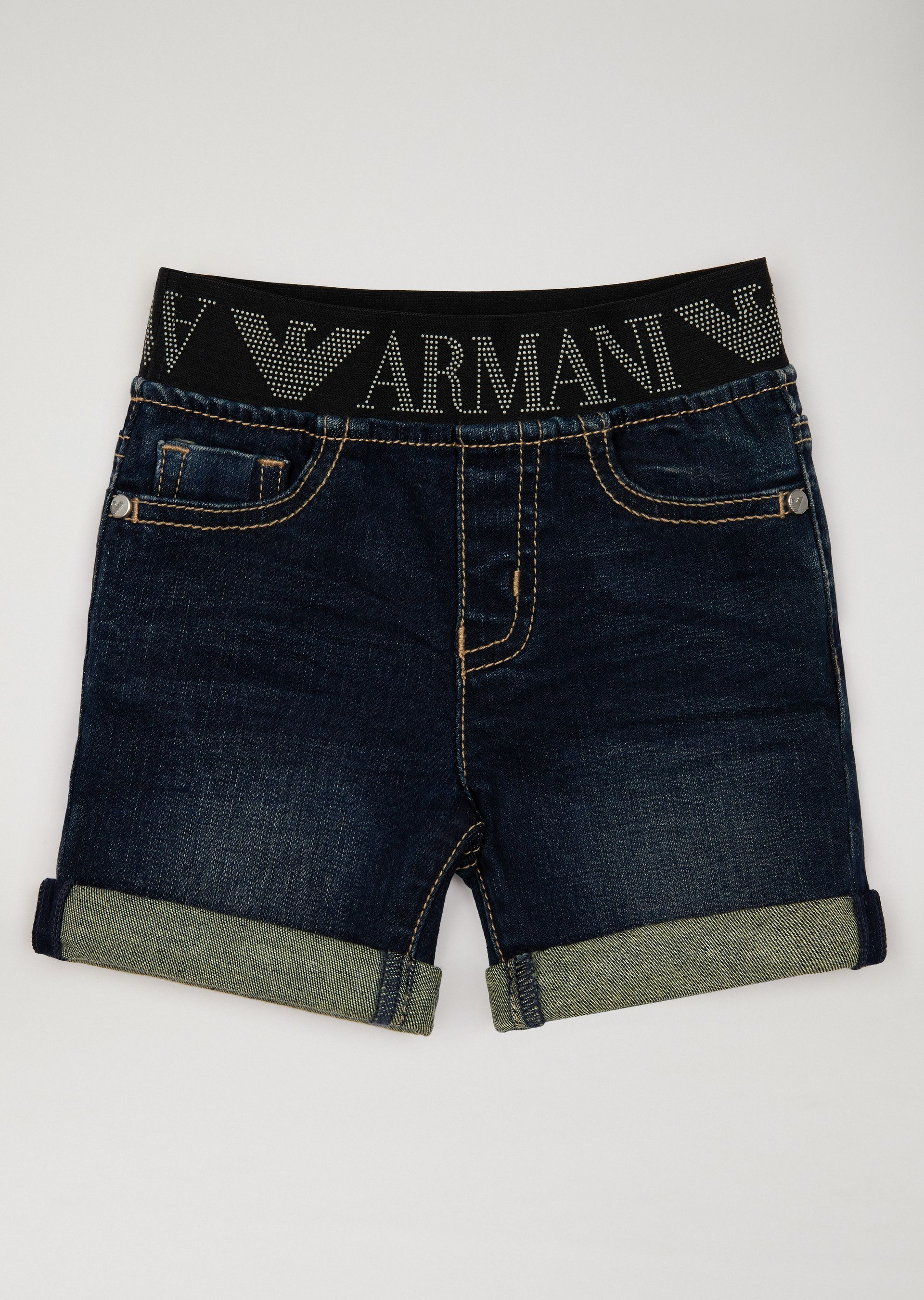 OFFICIAL STORE EMPORIO ARMANI - Pantalons - Shorts on armani.com