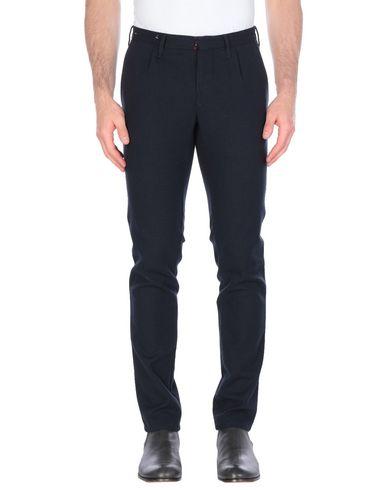 Фото - Повседневные брюки от INCOTEX RED темно-синего цвета