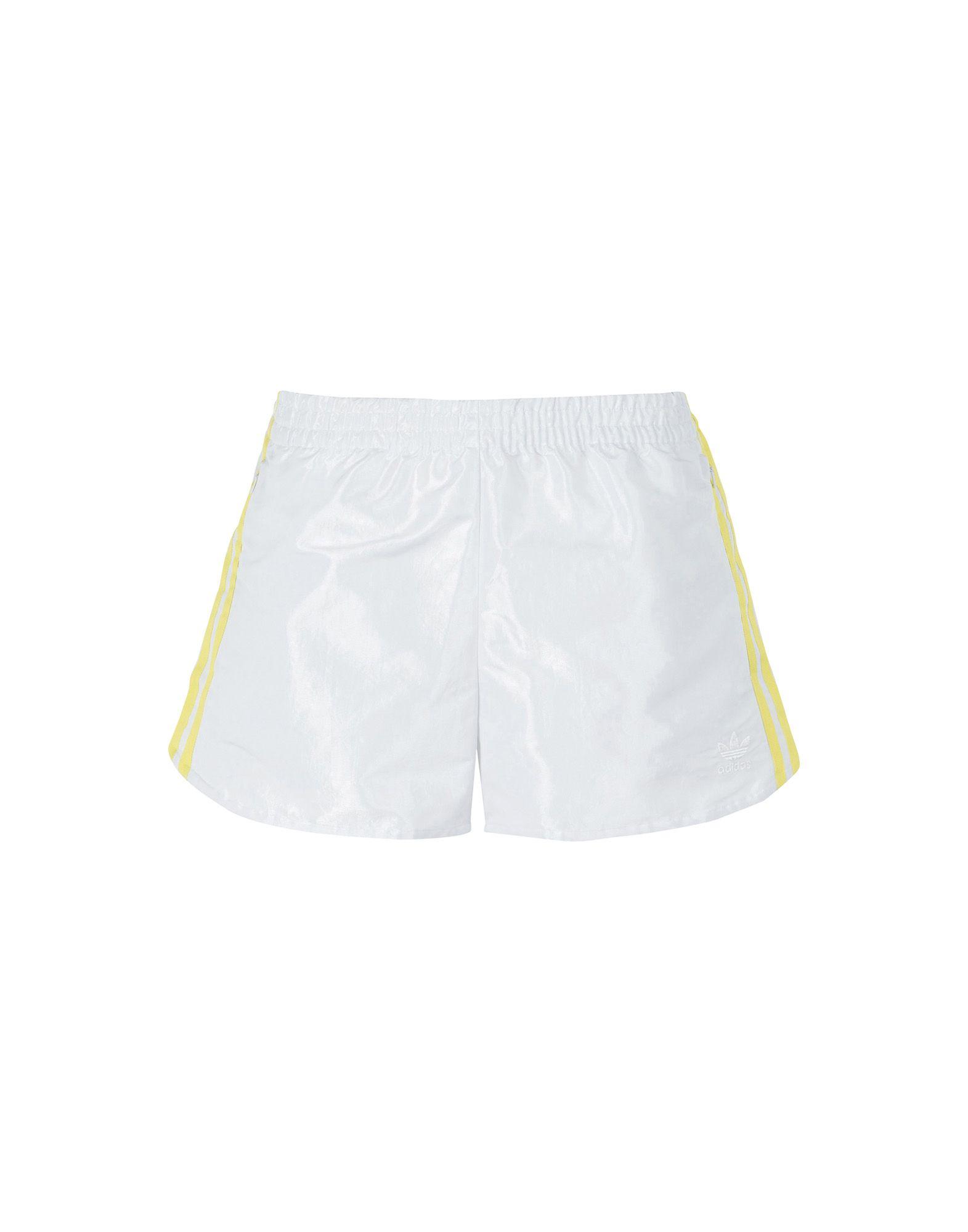 Фото - ADIDAS ORIGINALS Повседневные шорты adidas шорты мужские adidas 3 stripes 9 inch размер 44 46