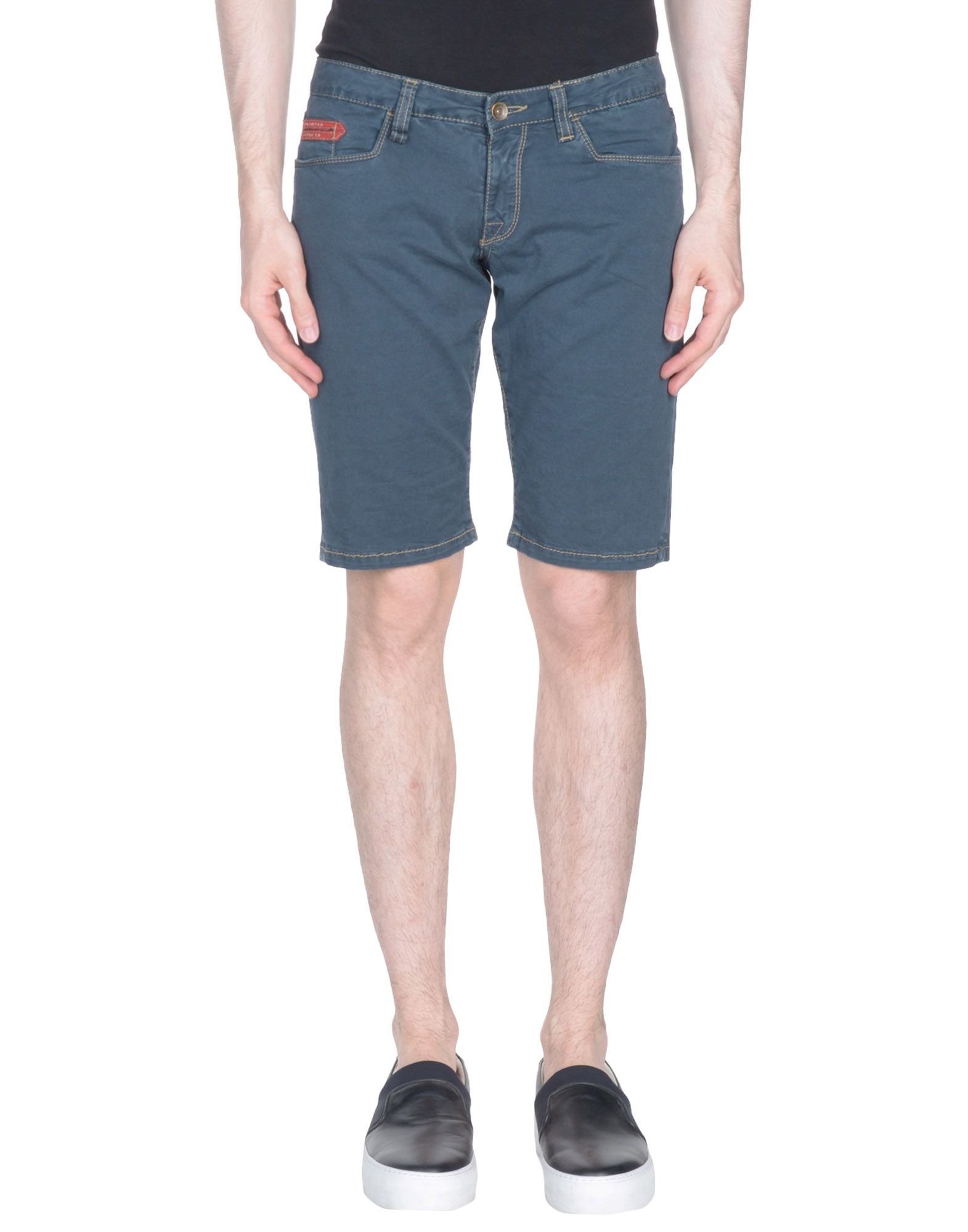 UNLIMITED Shorts & Bermuda in Dark Blue