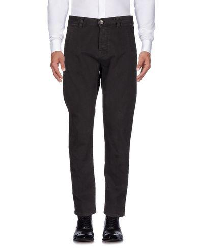 Фото - Джинсовые брюки от ELEVENTY цвет баклажанный