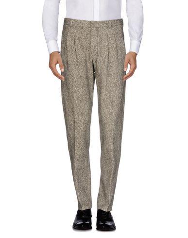 Фото - Повседневные брюки от CIRCOLO 1901 серого цвета