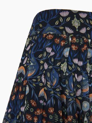 Tulip shorts